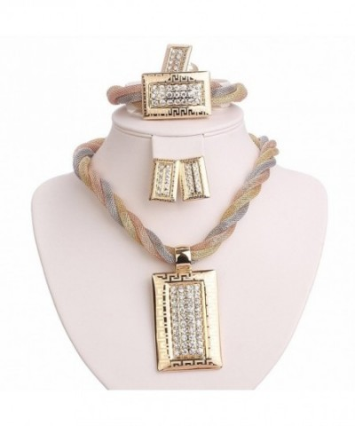 MOOCHI Pendant Crystal Embedded Necklace